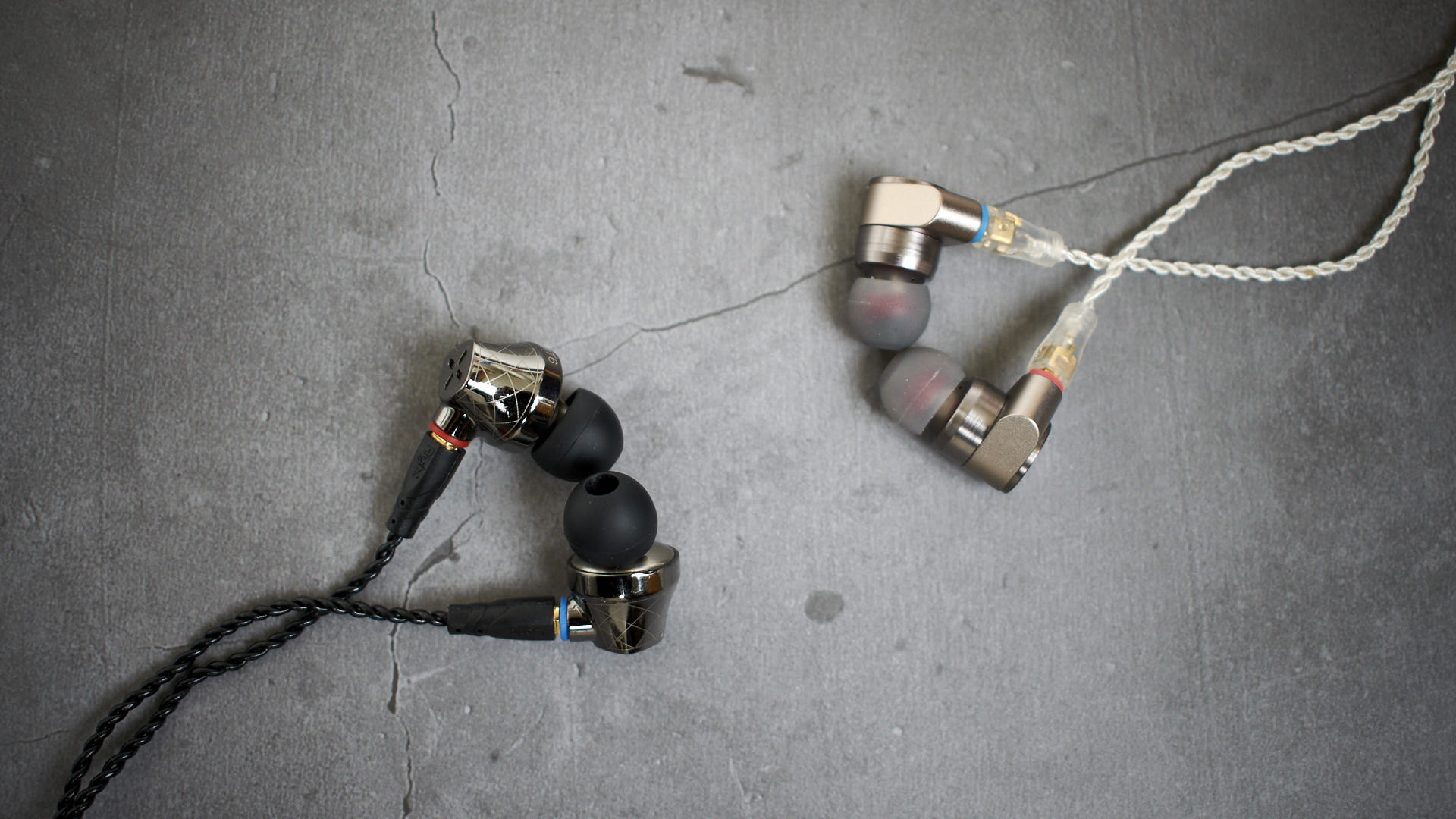Tin Audio T2 vs Senfer DT6 – the best budget in-ears are…